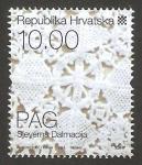 Stamps : Europe : Croatia :  822 - motivo tradicional de Pag en Dalmacia del Norte, encaje