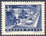 Sellos de Europa - Hungría -  cargando furgonetas