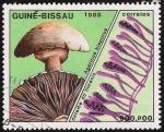 Stamps Africa - Guinea Bissau -  SETAS-HONGOS: 1.161.016,01-Agaricus bisporus -Phil.47747-Dm.988.73-Y&T.480-Mch.994-Sc.770
