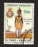 Sellos de Africa - Santo Tomé y Principe -  uniformes militares,soldado de infantería