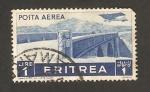 Stamps Africa - Eritrea -  aeroplano sobrevolando un puente