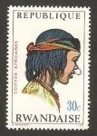 Stamps Africa - Rwanda -  peinados africanos, mujer de toubou