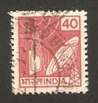 Sellos de Asia - India -  antenas y televisión