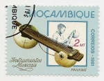 Stamps Africa - Mozambique -  Instrumentos musicales
