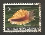Stamps Oceania - Papua New Guinea -  caracola strombus sinuatus