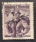 Stamps Austria -  Trajes Regionales