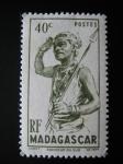 Stamps Africa - Madagascar -  Danzante del sur