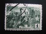 Stamps Europe - Russia -  Shura Chekalin luchando contra soldados Nazis