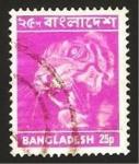 Stamps : Asia : Bangladesh :  fauna, un tigre