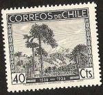 Stamps America - Chile -  CENTENARIO DESCUBRIMIENTO DE CHILE - BOSQUES LONQUIMAY - ARAUCARIAS