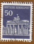 Stamps Germany -  PUERTA de BRANDENBURGO
