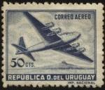 Stamps Uruguay -  Avión cuatrimotor.