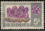 Sellos de America - Uruguay -  Riqueza minera del Uruguay. Gema amatista.
