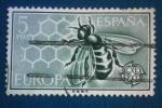 Stamps : Europe : Spain :  Europa CEPT. Aveja en panal de miel -Ed:1448