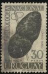 Stamps Uruguay -  Arqueología nacional. Hacha indígena de piedra.