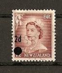 Sellos del Mundo : Oceania : Nueva_Zelanda : Isabel II / Sello de 1954-56 sobrecargado.
