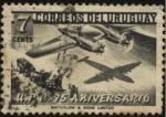 Stamps Uruguay -  U.P.U. 75 Años. Avión cuatrimotor sobrevolando una carreta.
