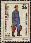 Stamps America - Uruguay -  Bombero del año 1900 combatiendo un incendio. 100 años de Bomberos de Montevideo.