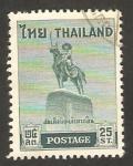 Stamps : Asia : Thailand :  estatua en homenaje al rey taksin