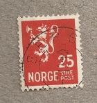 Stamps Europe - Norway -  Escudo león con hacha