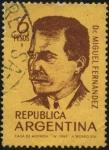 Sellos de America - Argentina -  Dr. Miguel Fernández 1883-1950. Científico se le atribuye descubrimiento de la poliembrionía de mamí