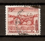 Stamps Asia - Pakistan -  Serie Basica./ Tractor.