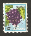 Stamps : Oceania : New_Zealand :  fruta de Nueza Zelanda, uvas