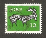 Stamps : Europe : Ireland :  dibujo de un alce