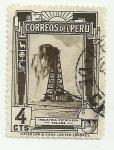 Stamps America - Peru -  Industria petrolera - Talara
