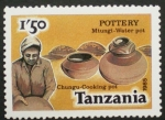Stamps Africa - Tanzania -  pottery