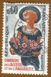 Stamps France -  MUJER CON CESTA DE FLORES