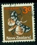Sellos del Mundo : Oceania : Nueva_Zelanda : Lichen Moth