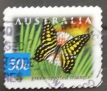 Sellos de Oceania - Australia -  green spotted triangle