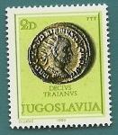 Sellos de Europa - Yugoslavia -  Moneda romana - Marco Ulpio Trajano