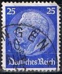 Stamps Germany -  Scott  395  Von Hindenburg (5)
