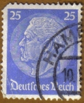 Stamps Germany -  Presidente VON HINDENBURG