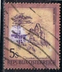 Sellos de Europa - Austria -  Scott  966  Castillo Aggsteis