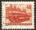 Sellos de Europa - Hungría -  autobús frente a la estación del ferrocarril occidental.