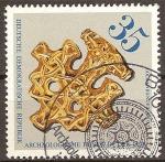 Sellos de Europa - Alemania -  Los hallazgos arqueológicos en DDR.Colgante de Oro 500 u.Z.