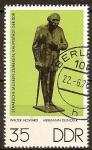 Sellos de Europa - Alemania -  Museos Estatales de Berlín, esculturas de bronce: Hermann Duncker, por Walter Howard(DDR)