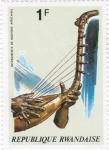 Sellos de Africa - Rwanda -  Instrumentos de musica africanos