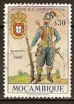 Sellos del Mundo : Africa : Mozambique : Uniforme militar portugues(Arcabucero, 1640).