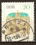 Sellos de Europa - Alemania -  Muro de pabellón de la Zwinger de Dresde (DDR)