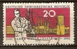 Sellos de Europa - Alemania -  Halle (Saale) Milenario. El científico y cinco torres de Halle.(DDR)