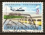 Sellos del Mundo : Africa : Mozambique : Trigo de Morais y la presa de Puente .