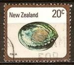 Sellos del Mundo : Oceania : Nueva_Zelanda : conchas marinas. Rainbow abalón o Paua.