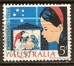 Stamps Australia -  Navidad. Niña mirando el Belén.