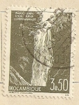 Stamps Africa - Mozambique -  Cascada