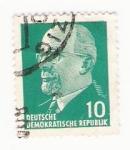 Stamps : Europe : Germany :  deussche decokratische republik sello 10