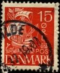 Stamps Europe - Denmark -  Barco velas blancas fondo pleno. 1927 a 1930. 15 ores